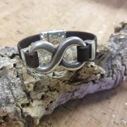 Bracelet en liège symbole...